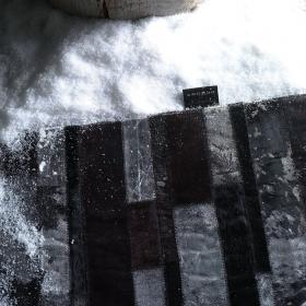 tapis star en cuir noir angelo