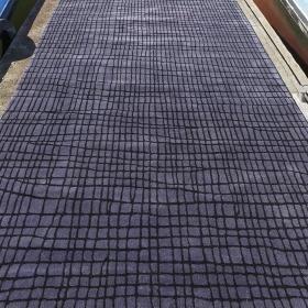 tapis disform gris bleu carving