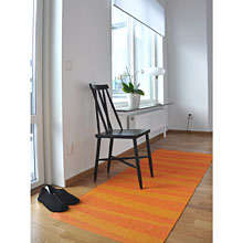 tapis de couloir are zébré orange sofie sjostrom design