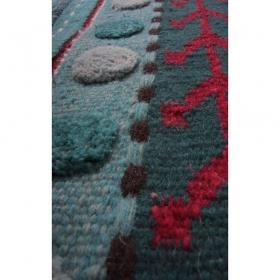 tapis enfant laine khema bleu 1 pied sur terre