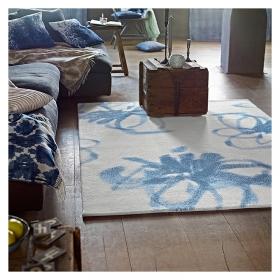 tapis blanc et bleu graphic flower esprit home