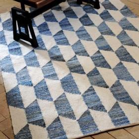 tapis kilim bleu en laine fait main cooper the rug republic