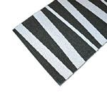 Tapis de couloir ARE SOFIE SJOSTROM DESIGN rayé noir et blanc