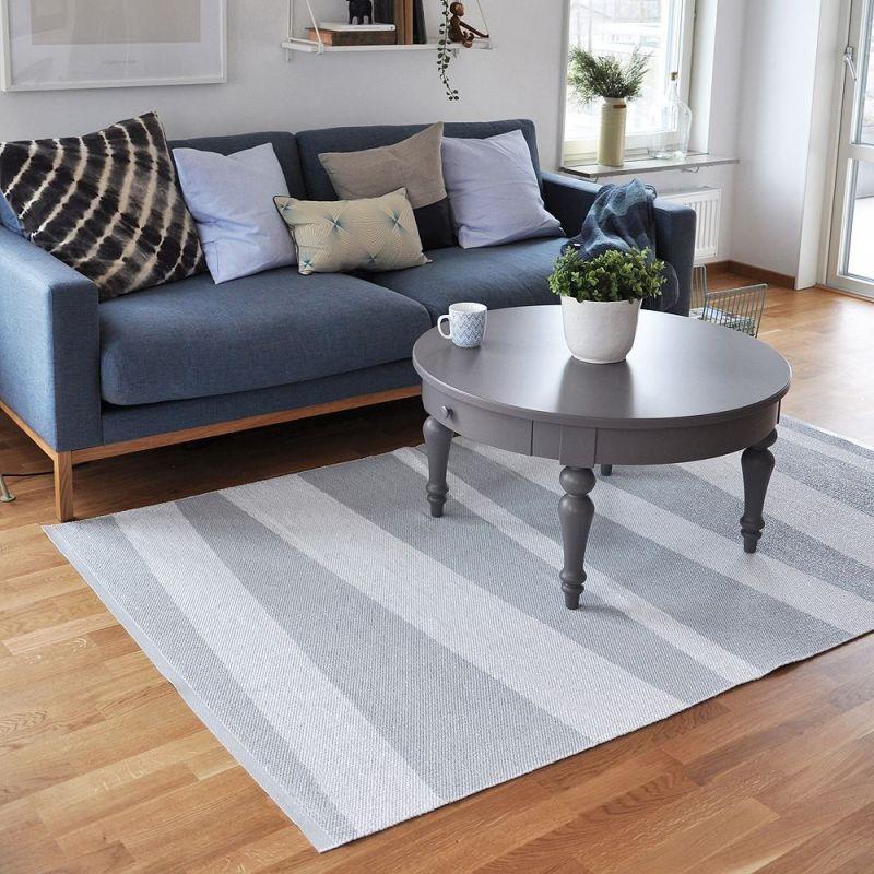 tapis de couloir gris et blanc are ray sofie sjostrom design 150x220. Black Bedroom Furniture Sets. Home Design Ideas
