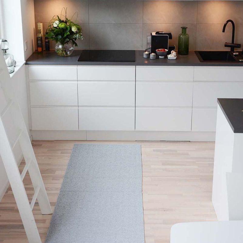 Tapis de couloir blanc et gris sofie sjöström flip 70x200