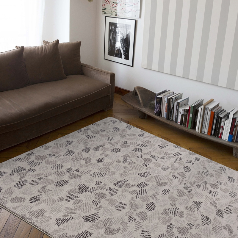 tapis flying leaves beige edito paris 160x230. Black Bedroom Furniture Sets. Home Design Ideas