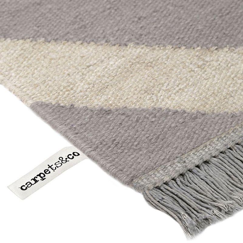 tapis gris et blanc moderne zig zag carpets co 160x230. Black Bedroom Furniture Sets. Home Design Ideas
