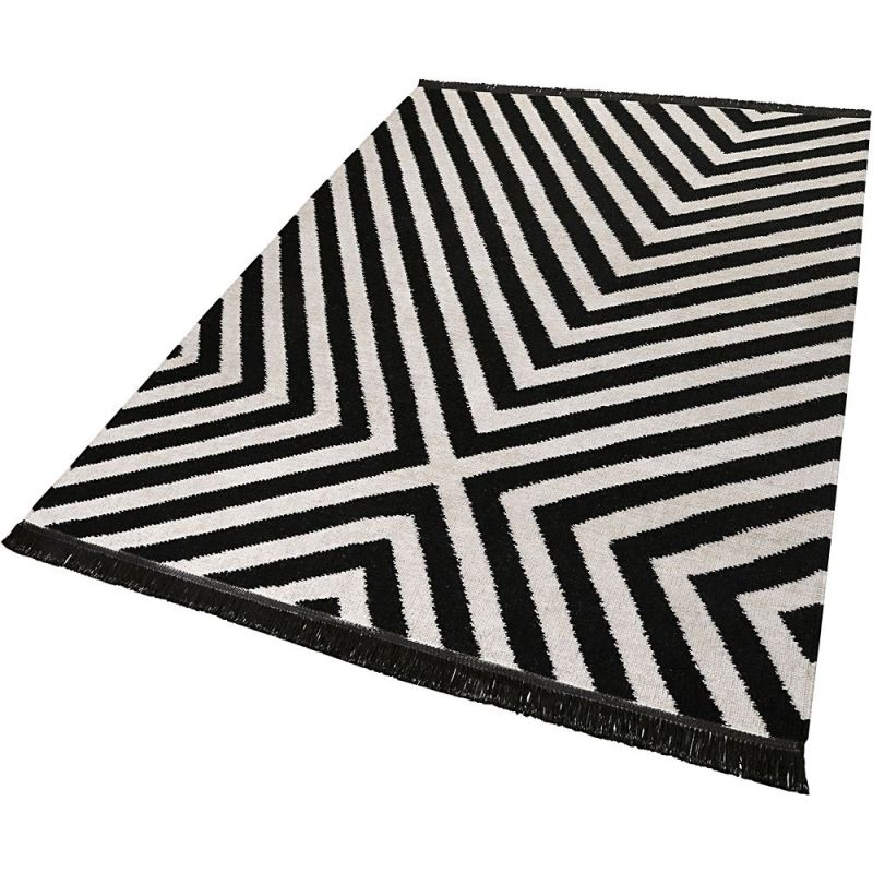 tapis carpets co moderne edgy corners noir et blanc 80x150. Black Bedroom Furniture Sets. Home Design Ideas
