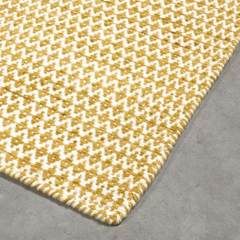 Tapis moderne mic mac jaune angelo 140 x 200 for Tapis salon graphique