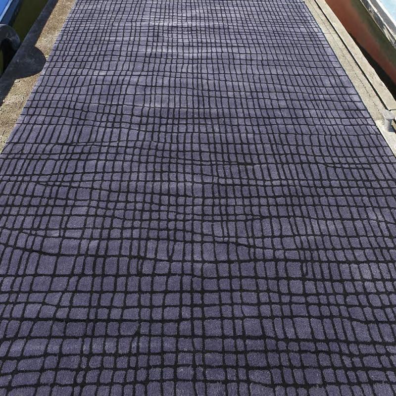 tapis disform gris bleu carving 140x200. Black Bedroom Furniture Sets. Home Design Ideas