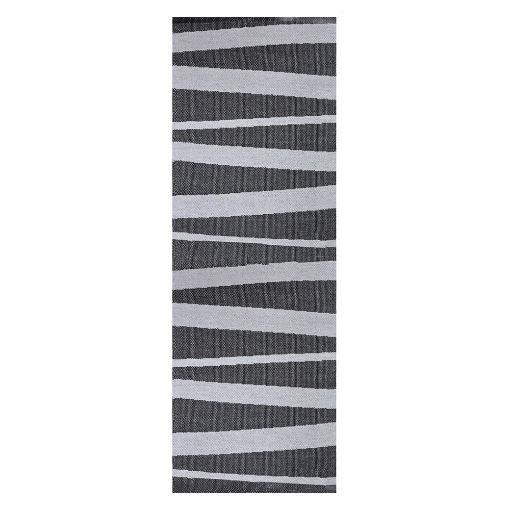 Tapis de couloir gris et noir sofie sjostrom design are 70x300 for Tapis de cuisine gris design