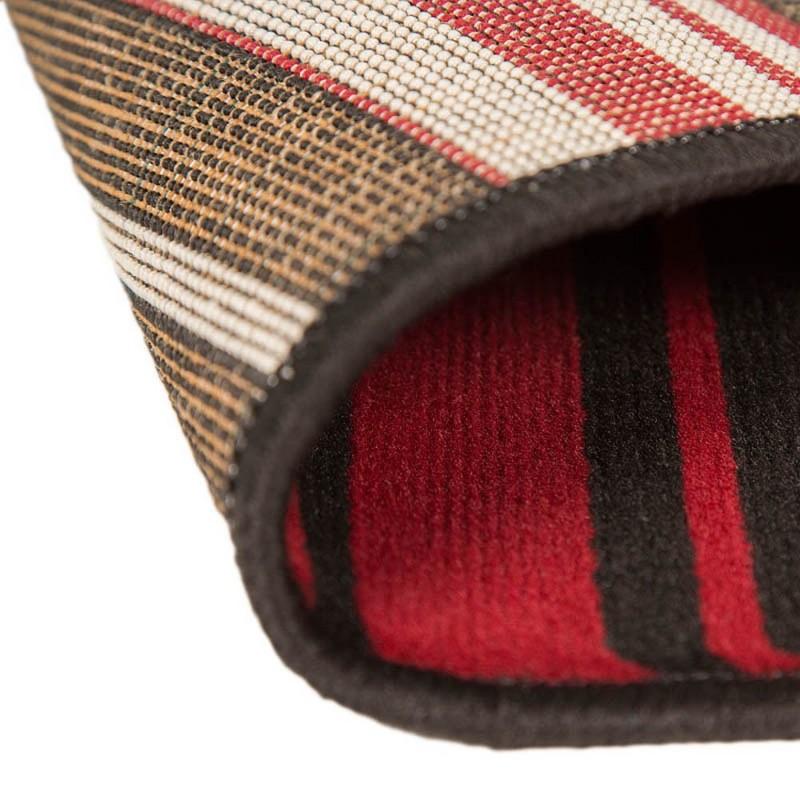 tapis noir et rouge canterbury flair rugs 160x220. Black Bedroom Furniture Sets. Home Design Ideas