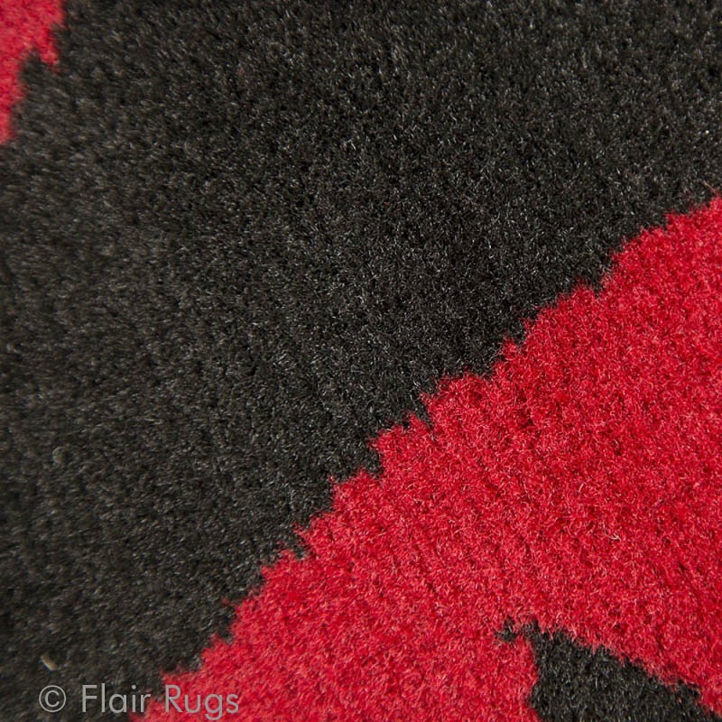 tapis noir et rouge warwick flair rugs 180x250. Black Bedroom Furniture Sets. Home Design Ideas