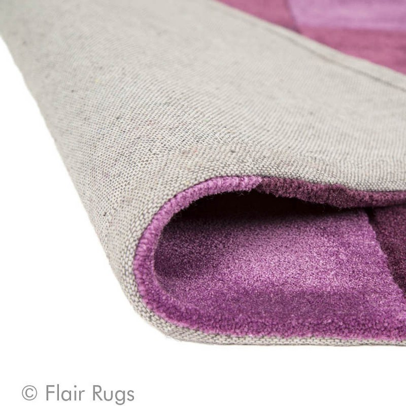 tapis tuft main aubergine squared flair rugs 80x150. Black Bedroom Furniture Sets. Home Design Ideas