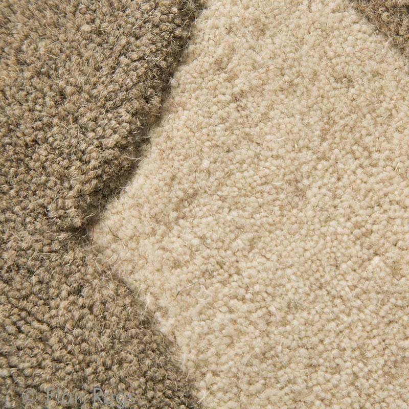tapis en laine fait main beige realm flair rugs 120x180. Black Bedroom Furniture Sets. Home Design Ideas