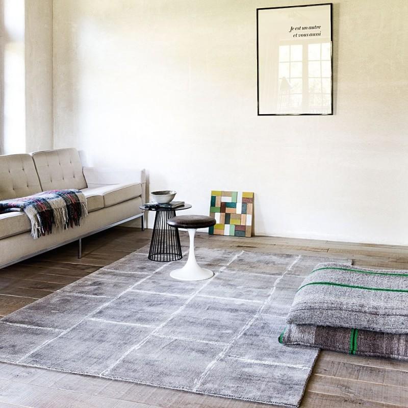 tapis ligne pure viscose tiss main taupe reflect 170x240. Black Bedroom Furniture Sets. Home Design Ideas