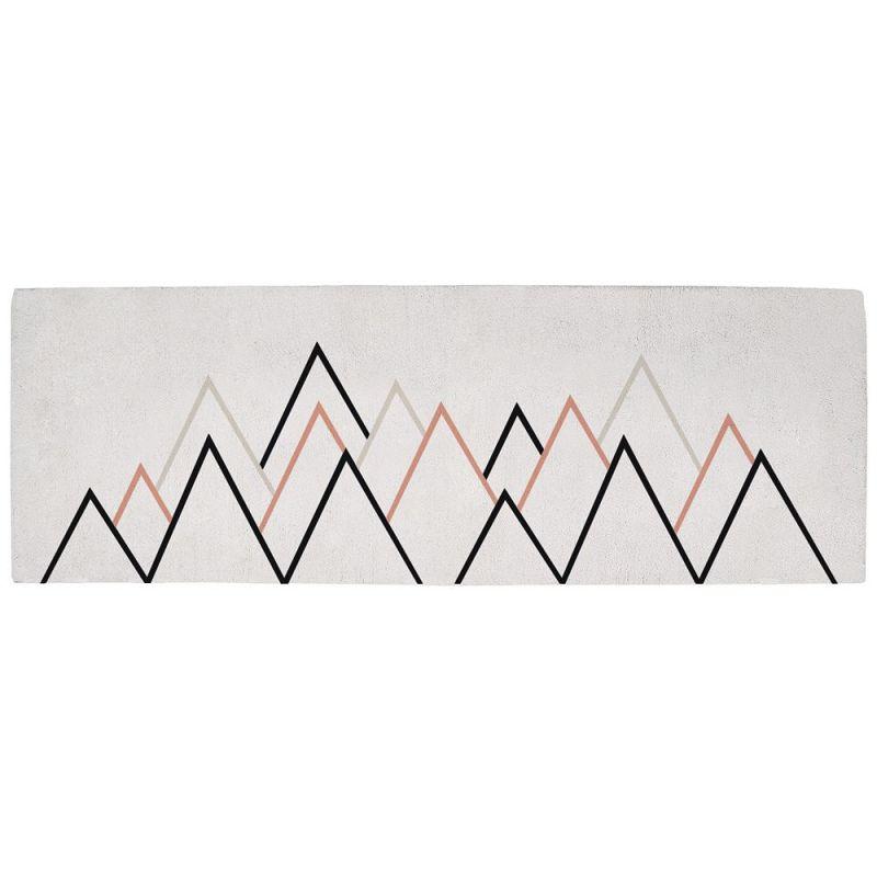 tapis enfant montagne gris et corail lilipinso 200x70. Black Bedroom Furniture Sets. Home Design Ideas