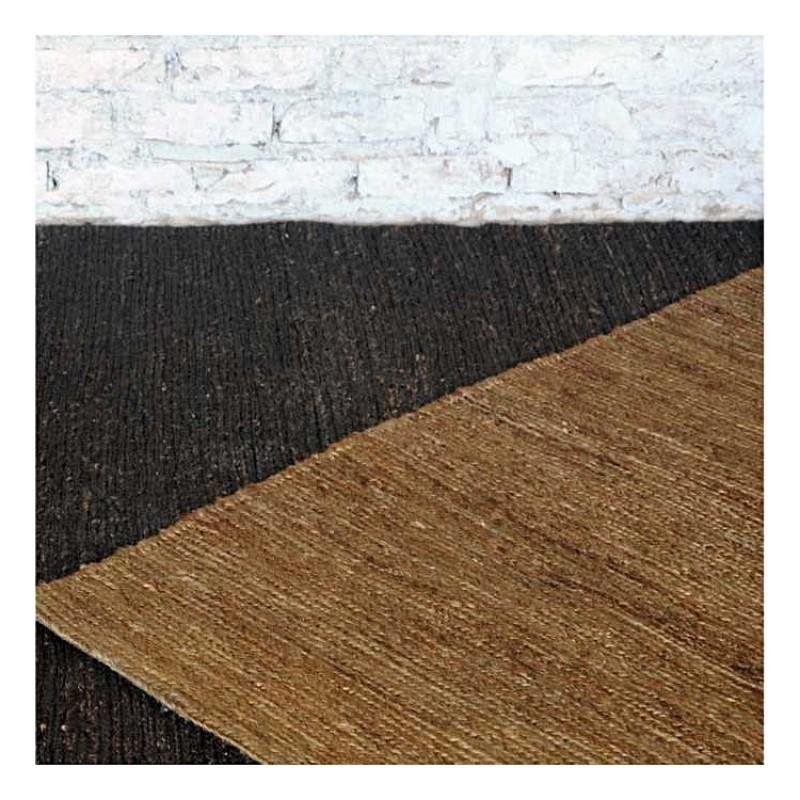 tapis fait main sumak marron fonc the rug republic 160x230. Black Bedroom Furniture Sets. Home Design Ideas